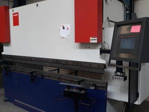 Upgraded CNC machine with esautomation productive and reliable machine