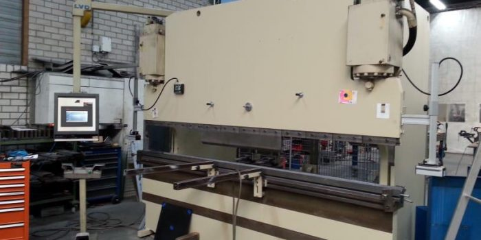 Press Brake machine upgraded and retrofitted