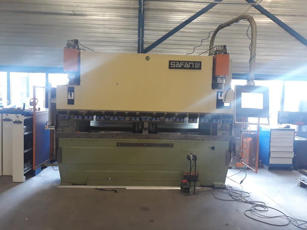 Safan Darley machine affordable CNC retrofitting