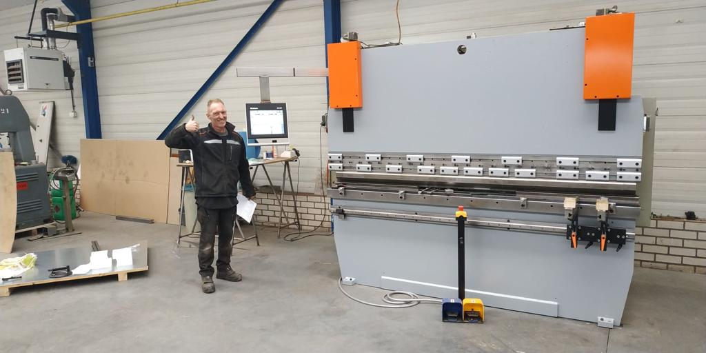 Satistaction guaranteed with our CNC Retrofitting options!